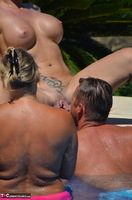Sweet Susi. Milf In The Pool Dildo Fucked Free Pic 16