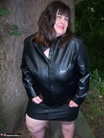 Mrs Leather. Flashing In The Woods Free Pic 6