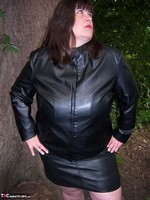 Mrs Leather. Flashing In The Woods Free Pic 9