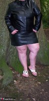 Mrs Leather. Flashing In The Woods Free Pic 19
