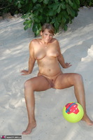 Sweet Susi. With The Beach Ball Free Pic 14