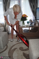 . Hoovering Free Pic 5
