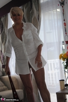 . Hoovering Free Pic 6