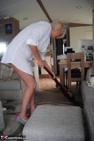 . Hoovering Free Pic 9