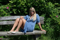 Sweet Susi. Naked On The Bench Free Pic 1