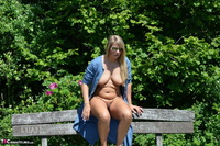 Sweet Susi. Naked On The Bench Free Pic 11