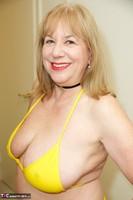 SpeedyBee. Yellow Bikini Free Pic 12