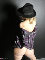 Posh Sophia. The Hat Free Pic 6