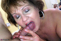 Busty Bliss. Hot Cock Sucking Granny Free Pic 17