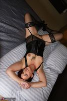 Sara Banks. Tits & Pussy Flashing Free Pic 1