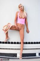 Susy Rocks. Boroka In Pink Pt2 Free Pic 12