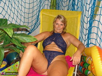 Sweet Susi. The Indoor Pool Free Pic 2