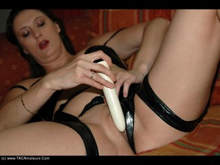 Juicy Jo - JuicyJo and her toy Picture Gallery