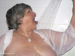 GrandmaLibby - Showertime Photo Album