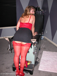 devlynn - Devlynn Visits the Dungeon Free Pic 2