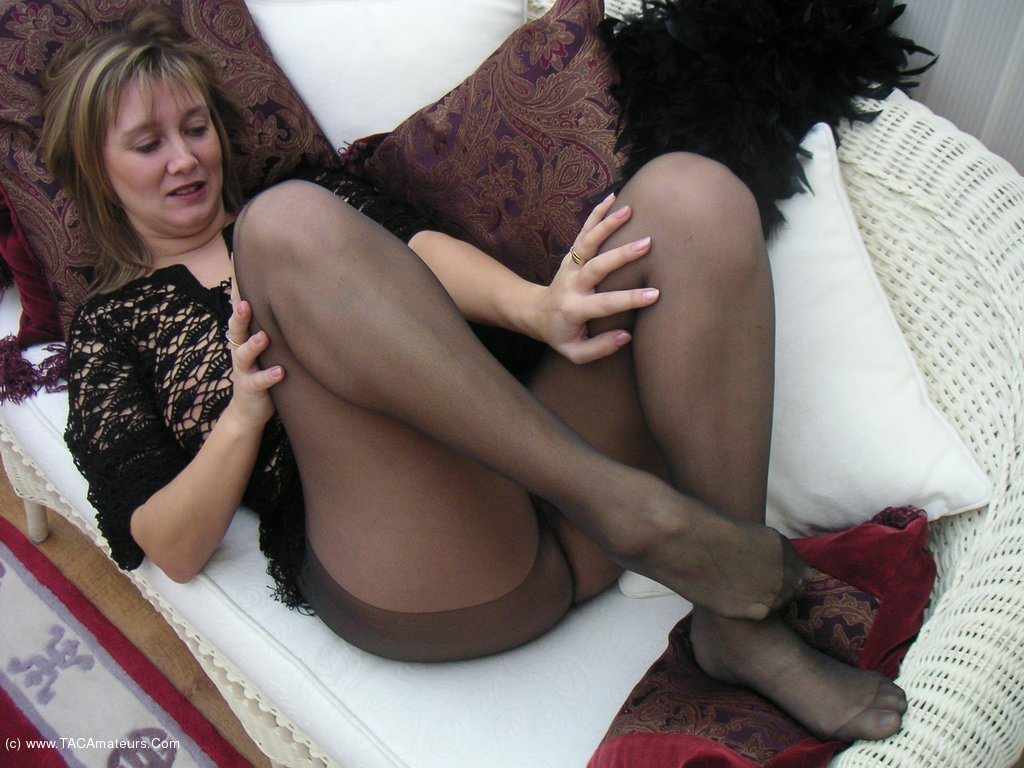 Online auctions pantyhose