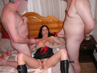 Foxie Lady - TAC Members Gangbang Picture Gallery