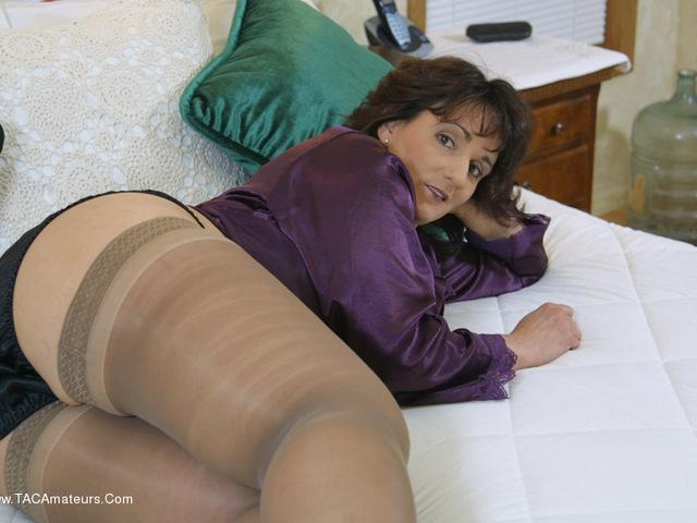 Reba - Passionate Pillow Talk