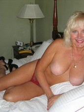 Red hot Cougar, milf, united states