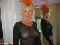 ruth - Merry Halloween Xmas Free Pic 4
