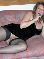 Devlynn s virgin foot job Devlynn Found one lucky fan to try her first foot job on. He had a foot fetish and was in love with her CFM red spikes... Mature, milf, united states, nylons, stockings, solo, cougar