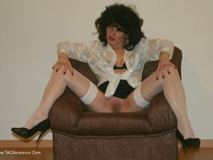 GermanIsabel - Nylons Gallery