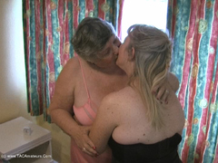 GrandmaLibby - Libby & Chloe Movie Video