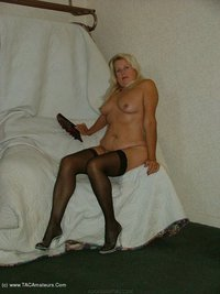 adonna - Thigh Highs Free Pic 4