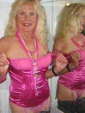 Pink basque Cougar, milf, united states