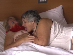 GrandmaLibby - Libby Wakes Up With Chloe Movie Video