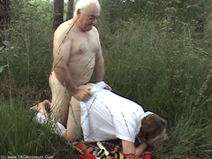 SpeedyBee - Fucking Outdoors Movie Video