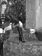 Halloween 1 the grave yard Hi Guys, Last Night was Halloween, Hope you all had a really Spooky Time, I certainly did I just had to go out to play a. Cougar, milf, bbw/curvy, big tits, united kingdom, exhibitionist, flashing