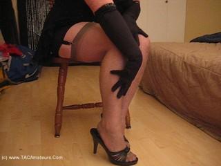 Girdle Goddess - Stockings  Garters Movie Video