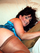 My girlfriends model My girl friend wanted to learn how to take photos so I let her use me as her model. What I didn't know is that she also . Cougar, milf, big tits, united states, stockings, solo