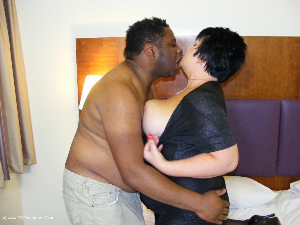 DoubleDee - Big Black Cock Fuck Movie scene 1