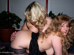 Reba - A Threesome For Reba Photo Album