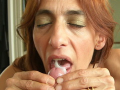 Jolanda - Dildo and cum swallowing Photo Album