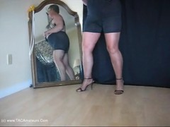 GirdleGoddess - Foot Slave Video