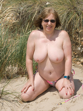 Sand in my kitty We had gone to Christchurch for a Photoshoot on the Beach, it was a really good sunny day, the location was perfect, and. Cougar, milf, bbw/curvy, big tits, united kingdom, exhibitionist, flashing