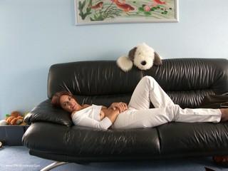 Jolanda - Sofa Sex Picture Gallery