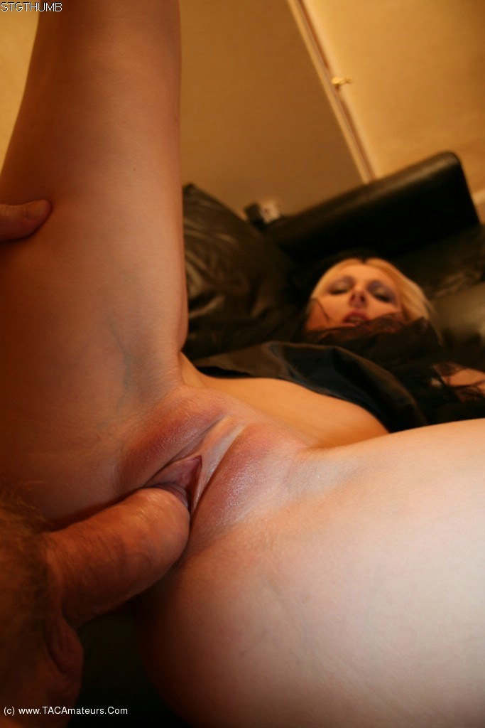 Hdvpass tight blonde milf monique alexander sensual blowjob 3