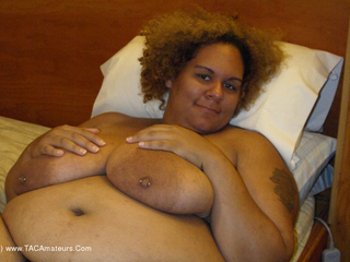 Curvy Baby Girl - Showing off my goodies Picture Gallery