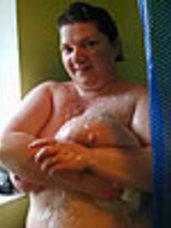 In the shower 2 Milf, bbw/curvy, big tits, united kingdom, cougar