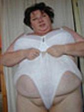 White bra  great white pants Bbw/curvy, big tits, united kingdom, milf, cougar