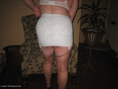 GirdleGoddess - Milf On The Go Photo Album