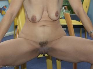 Jolanda - Naked Picture Gallery