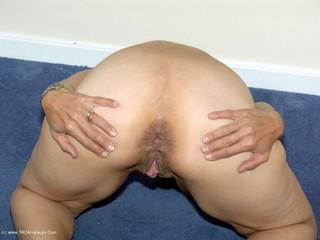 Jolanda - Dirty Girl Picture Gallery