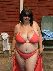 Bikini Here i am in my pool with my tight way to small pink bikini these pics were taken just before i sucked voluminous dans cock and. Cougar, milf, big tits, bbw/curvy, united kingdom, bikini