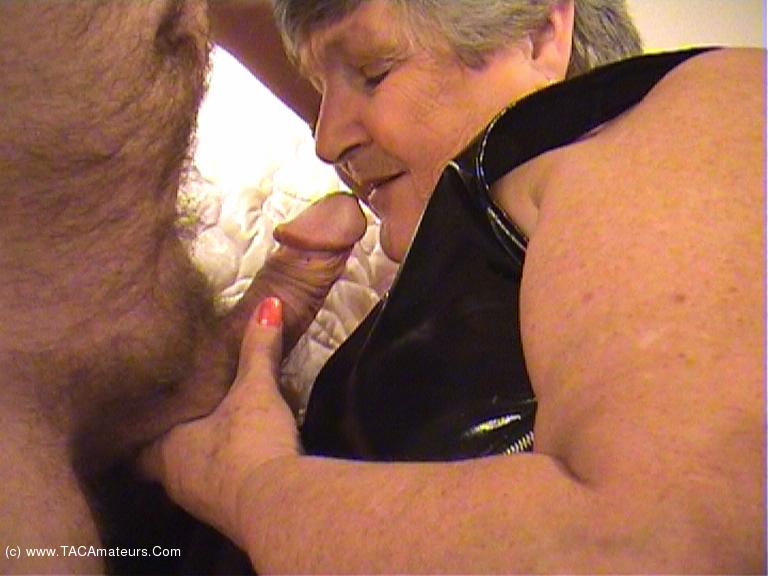 GrandmaLibby - Taste My Spunk Pt1 scene 2
