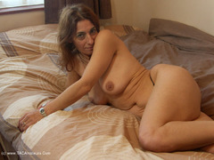 Jolanda - On The Bed Photo Album